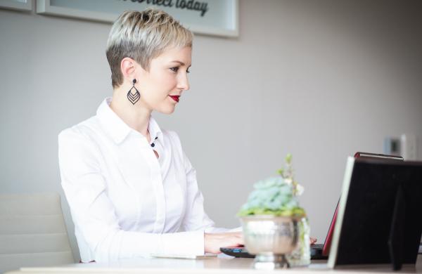 Adrienne du Plessis Image Consultant